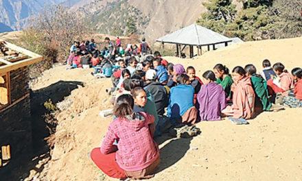 दुर्गमका विद्यार्थीलाई रु पाँच लाख बराबरको छात्रवृत्ति