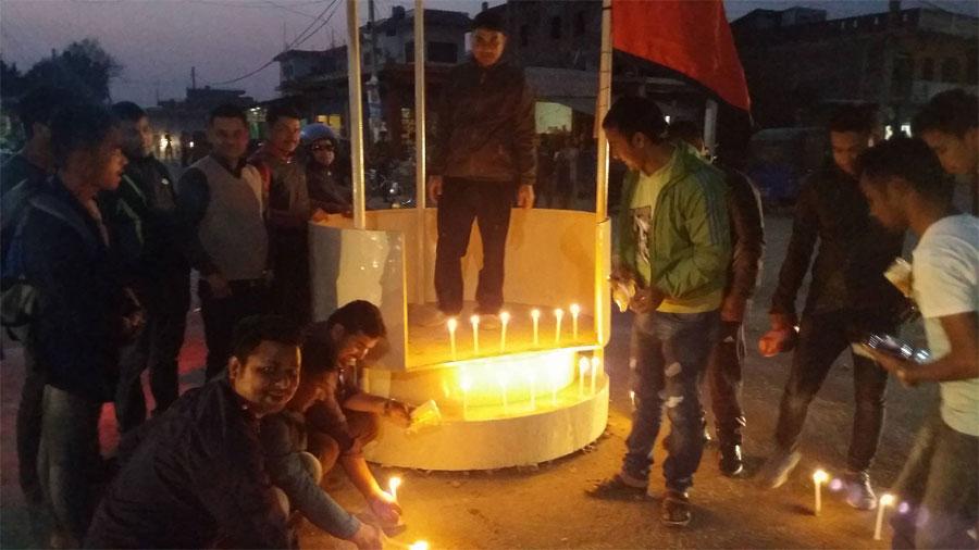 तुलसीपुरमा विमान दुर्घटनाका मृतकप्रति श्रद्धाञ्जली