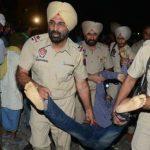 भारतको अमृतसर सहरमा रेलले किच्दा ७० जनाको मृत्यु