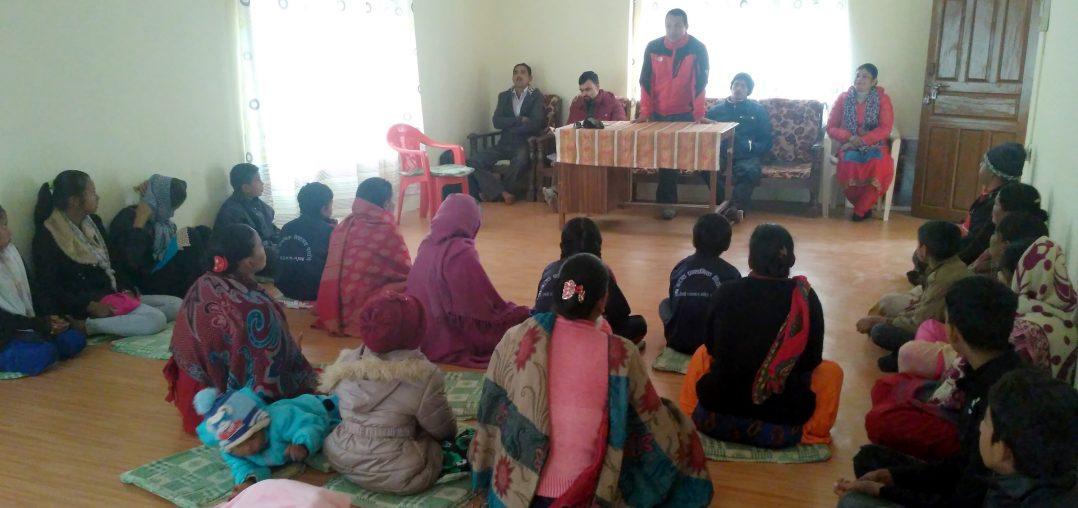 बालमैत्री अभियानमा अभिभावक र बालबालिका सँगै