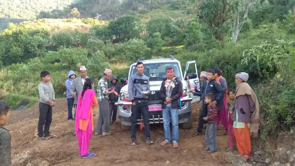 शान्तिनगर–३ मा पहिलो पटक गाडि पुग्यो
