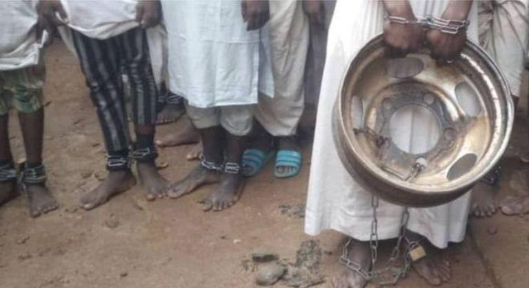 नाइजेरियाको 'टर्चर हाउस', जहाँ पाँच सय पुरुष,बालक बन्धक थिए