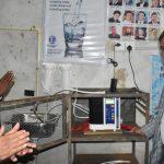 औषधियुक्त पानी निकाल्ने मेसिन जडान, शुन्य लगानीमा उपभोक्ताले पानी प्रयोग गर्दै