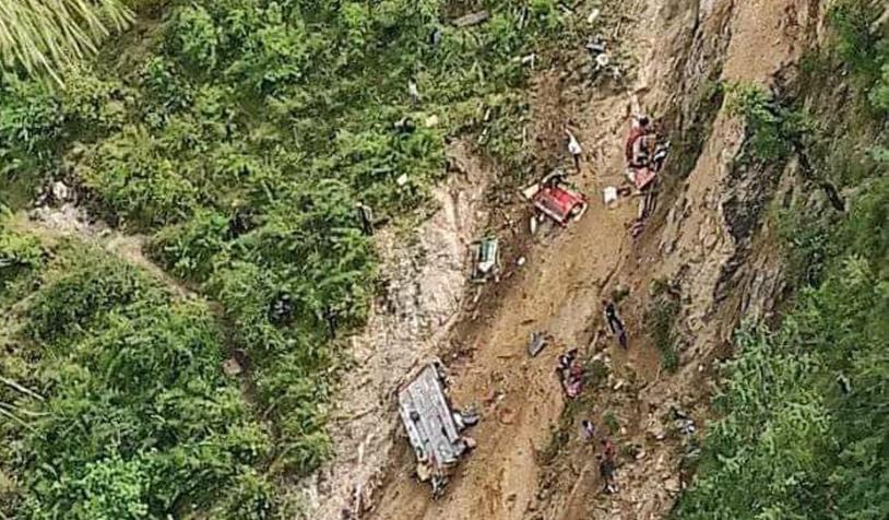मुगु बस दुर्घटनामा ३२ जनाको मृत्यु